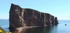 加拿大旅遊–聖勞倫斯灣的巨石Perce Rock