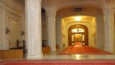 罗马尼亚旅游–布加勒斯特议会宫